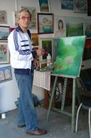 Vincent VOLPE dans son garage-atelier-galerie